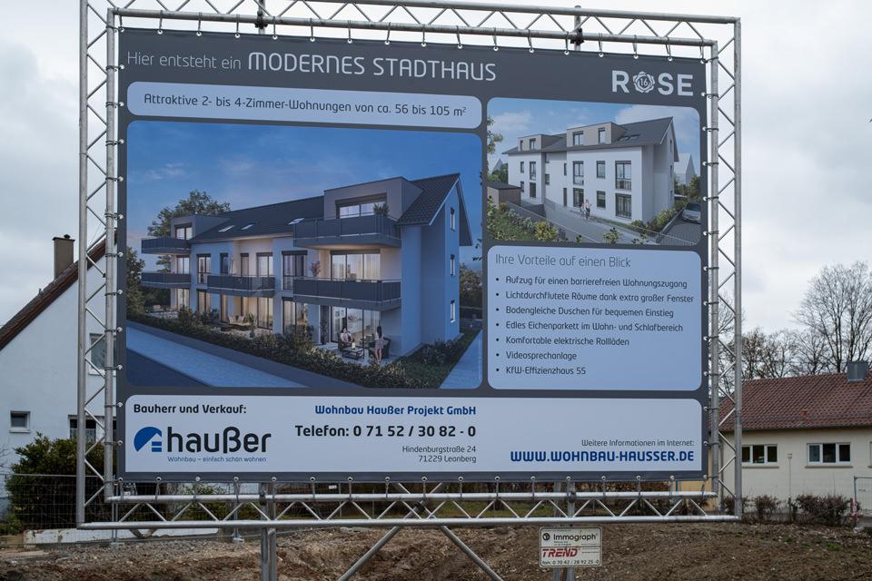 Wohnbau-Hausser_Baufortschritt_Renningen_Rosenstr_Bauschild_02